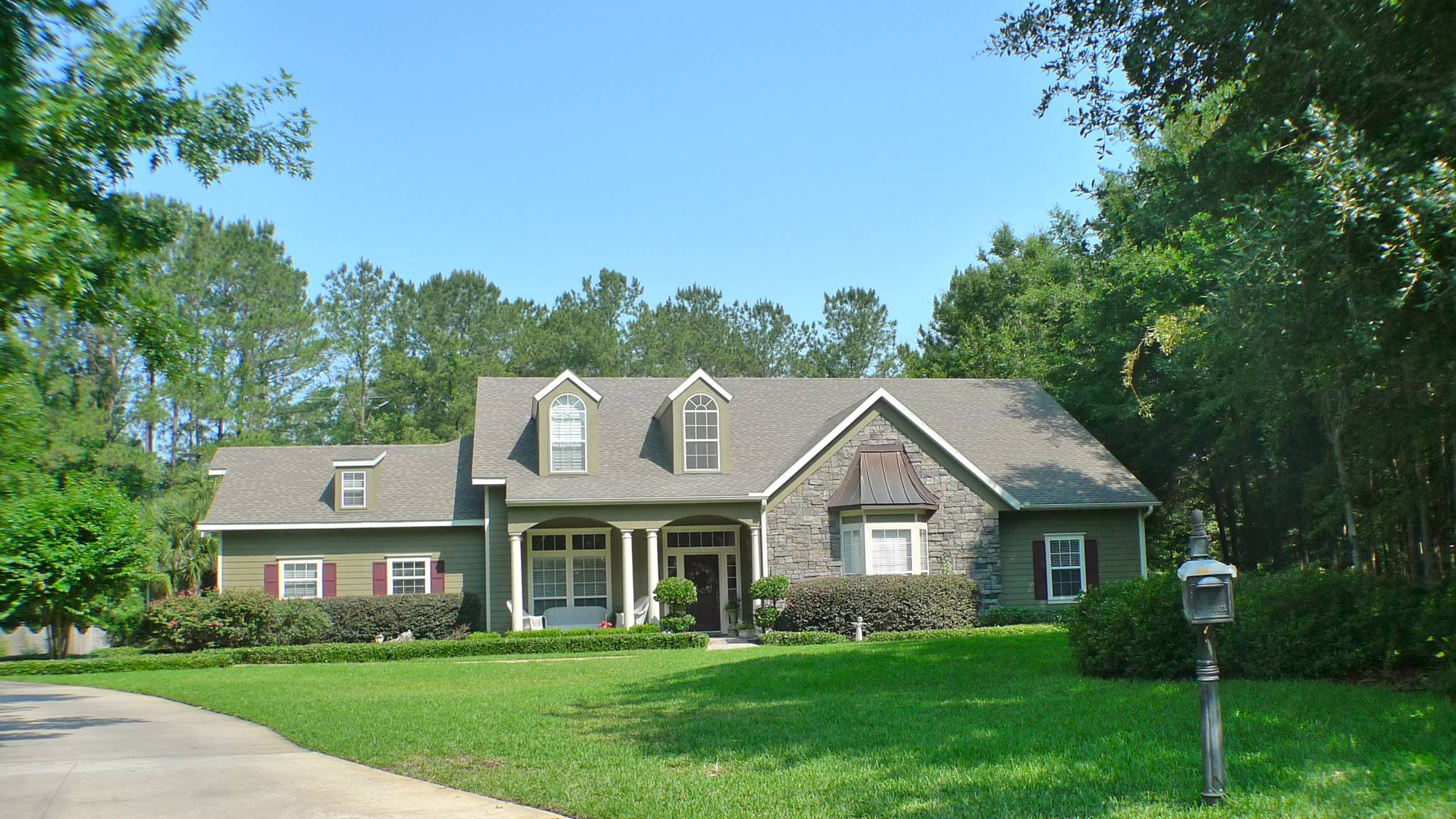 Jockey club gainesville fl gainesville life for Big houses in florida